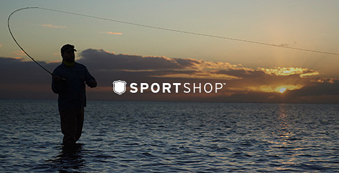 Eddie Bauer fishing guide Andrew Bennet casting in Hawaii