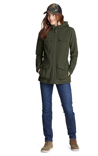 A woman wearing an Atlas 2.0 Jacket