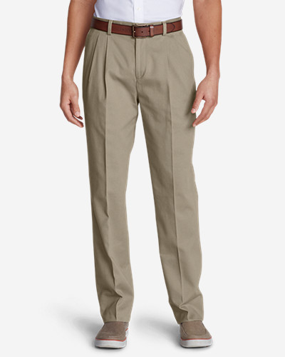 Men's Wrinkle-Free Classic Fit Pleated Casual Performance Chino Pants