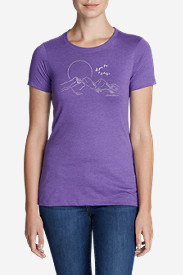 Women's Graphic T-Shirt - Flying 'V'