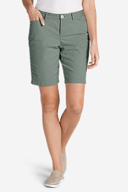 Women's Legend Wash Curvy Stretch Shorts - 10""