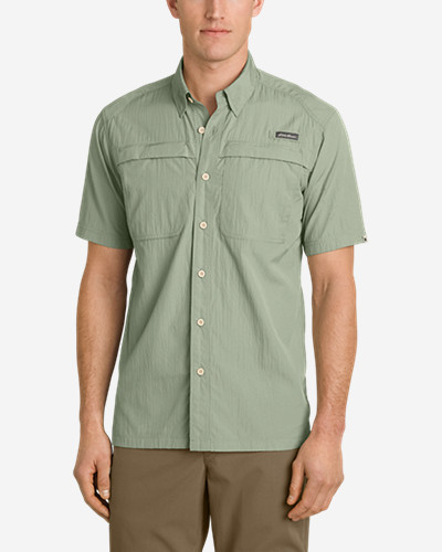 Green Shirts for Men: Men's Guide Short-Sleeve Shirt