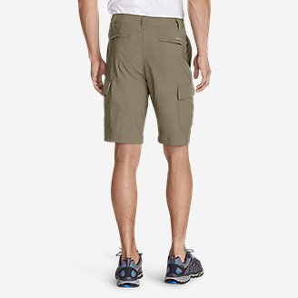 "Thumbnail View 2 - Men's Horizon Guide 10"" Cargo Shorts"