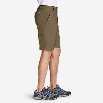 "Thumbnail View 3 - Men's Horizon Guide 10"" Cargo Shorts"