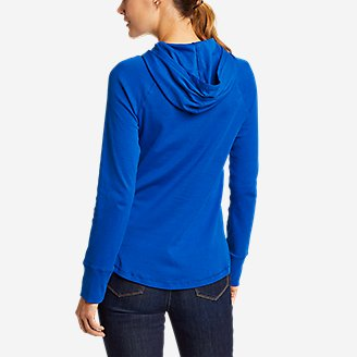 Thumbnail View 2 - Women's Favorite Shirttail Hem Long-Sleeve Hoodie