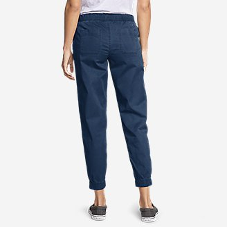 Thumbnail View 2 - Women's Kick Back 2.0 Jogger Pants w/Zip Pocket