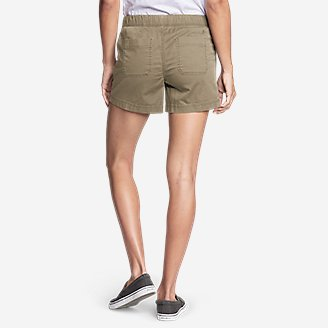 Thumbnail View 2 - Women's Kick Back 2.0 Pull-On Shorts