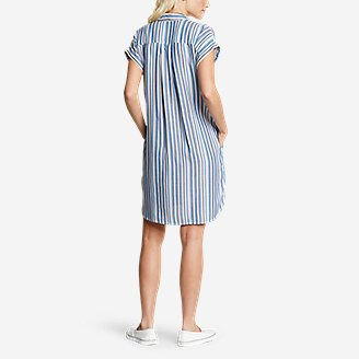 Thumbnail View 2 - Women's Tranquil Shirred Shirt Dress - Yarn-Dyed