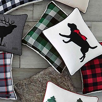 Thumbnail View 3 - Winter Lab Red Breakfast Pillow