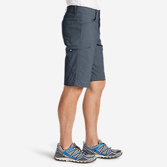 Thumbnail View 3 - Men's Guide Pro Shorts