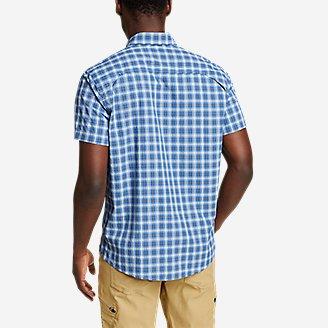 Thumbnail View 2 - Men's Pack It Seersucker Short-Sleeve Shirt