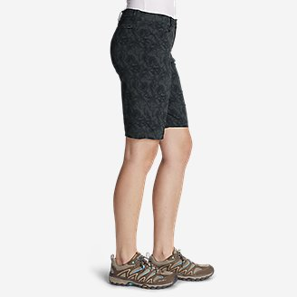 "Thumbnail View 3 - Women's Horizon Bermuda Shorts - Print, 11"""
