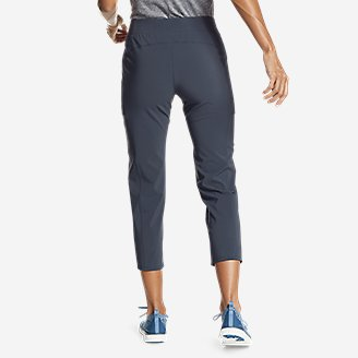 Thumbnail View 2 - Women's Incline Utility Capris