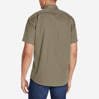 Thumbnail View 2 - Men's Signature Twill Classic Fit Short-Sleeve Shirt - Solid
