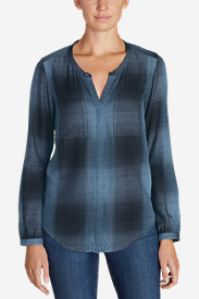 Women's Tranquil Falling Leaves Long-Sleeve Top - Plaid