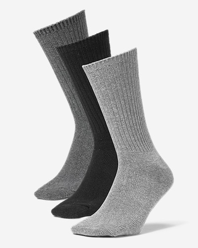 Men's Solid Crew Socks - 3 Pack Classic, all-purpose crew-length socks in a comfortable, durable blend of cotton/polyester/spandex.