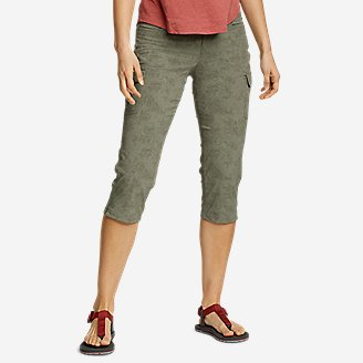 Thumbnail View 1 - Women's Sightscape Horizon Cargo Capris - Print