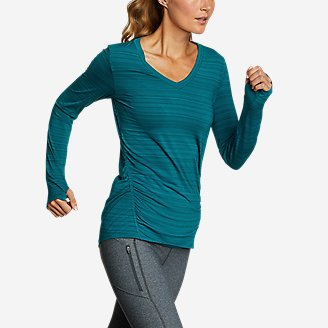 Thumbnail View 1 - Women's Trail Light Ruched Long-Sleeve V-Neck T-Shirt
