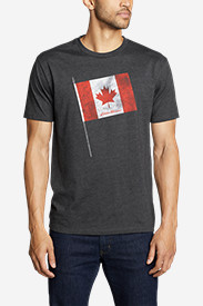 Men's Graphic T-Shirt - Canada Flag Pole